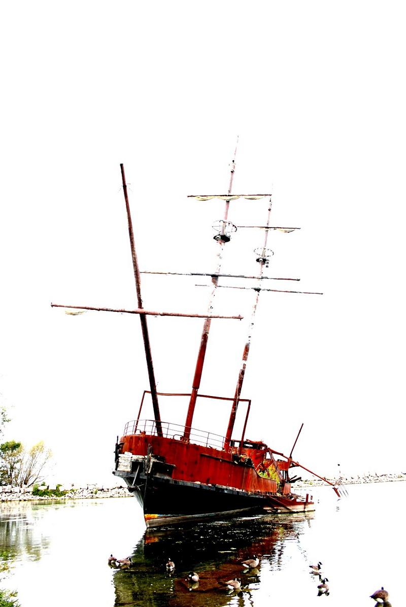 Shipwreck near Niagara