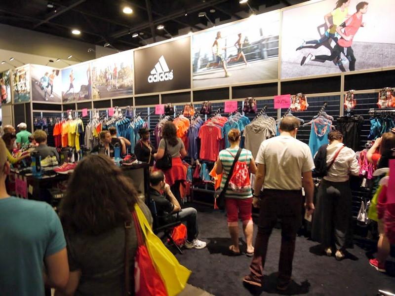 Adidas corner