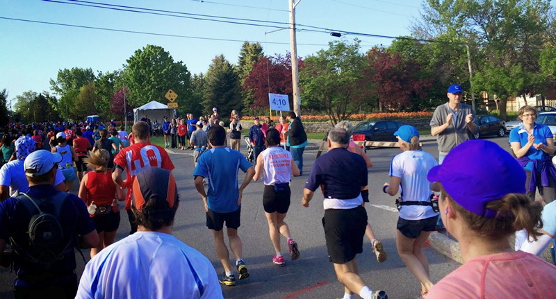 Early spectators at marathon