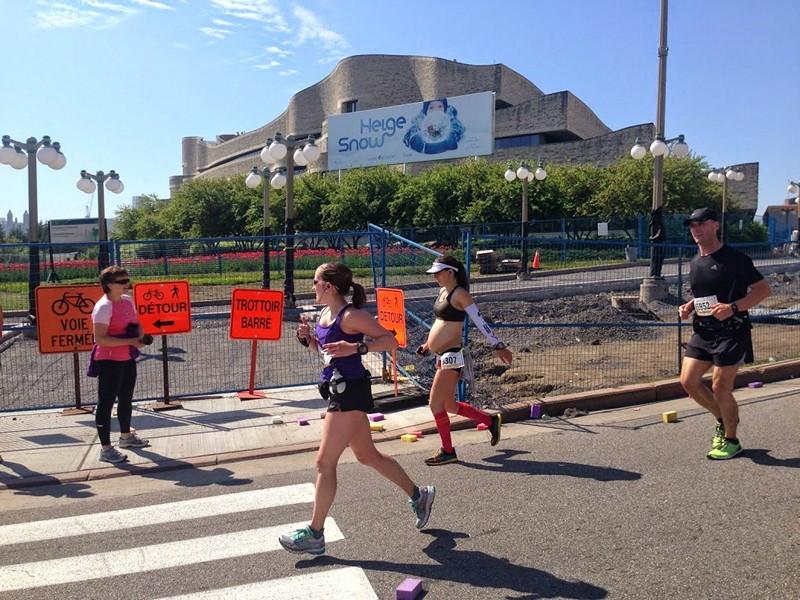 Expecting mom running marathon