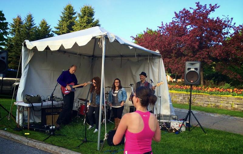 Marathon music tent