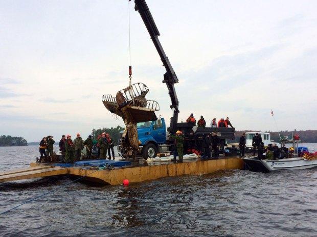 Muskoka plane recovery