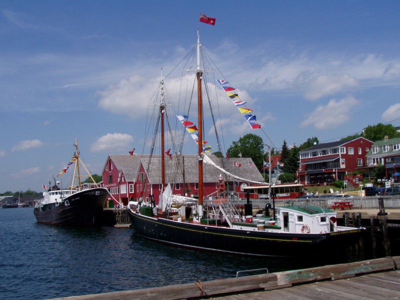 lunenberg_port